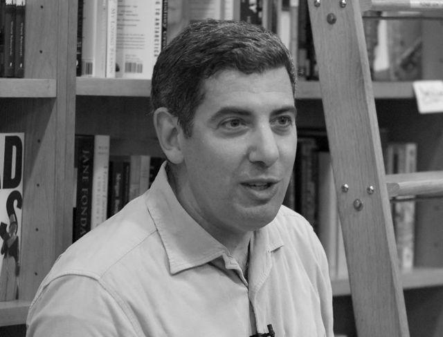 Philip Galanes  22  2011-03-05